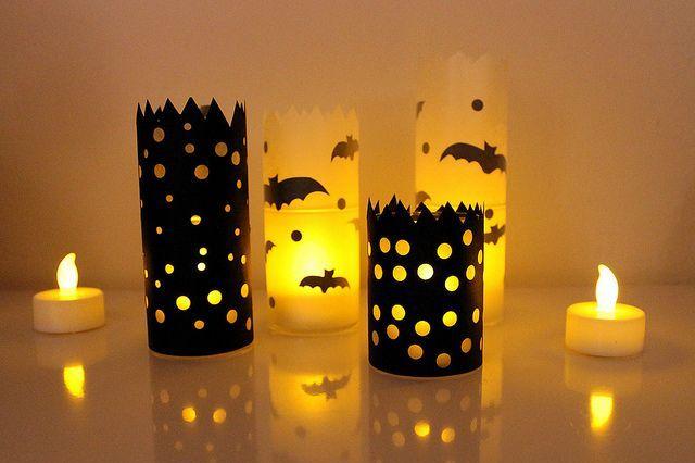 Candele-di-Halloween-in-portacandele-di-plastica-decorati