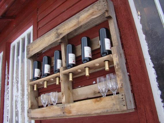 Pallet-porta-bottiglie-e-bicchieri