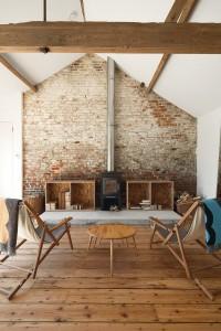 arch, Questi splendidi granai si trovano in Inghilterra, nel Norfolk per l'esattezza. Progettato da Carl Turner , questi spazi incredibili sono pieni di stordimento mobili OSB .2