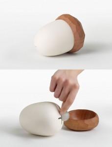 design ghianda in ceramica e legno salvadanaio cagnotte stephan waspi x Postfossil