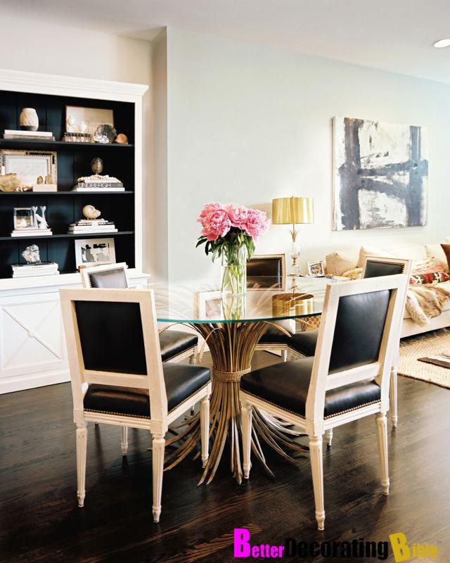 spighe il tavolo conbase di spighereso famoso da Coco Chanel x appartamento ParigiOriginariamente progettato in Italiadiventato sinonimo di chic parigino alla fine degli anni '50 anche su houzz