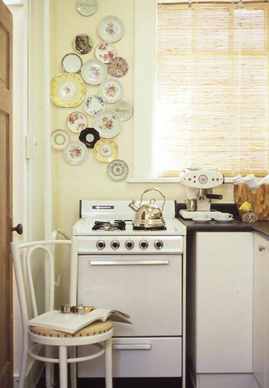 vintage plate-wall-1