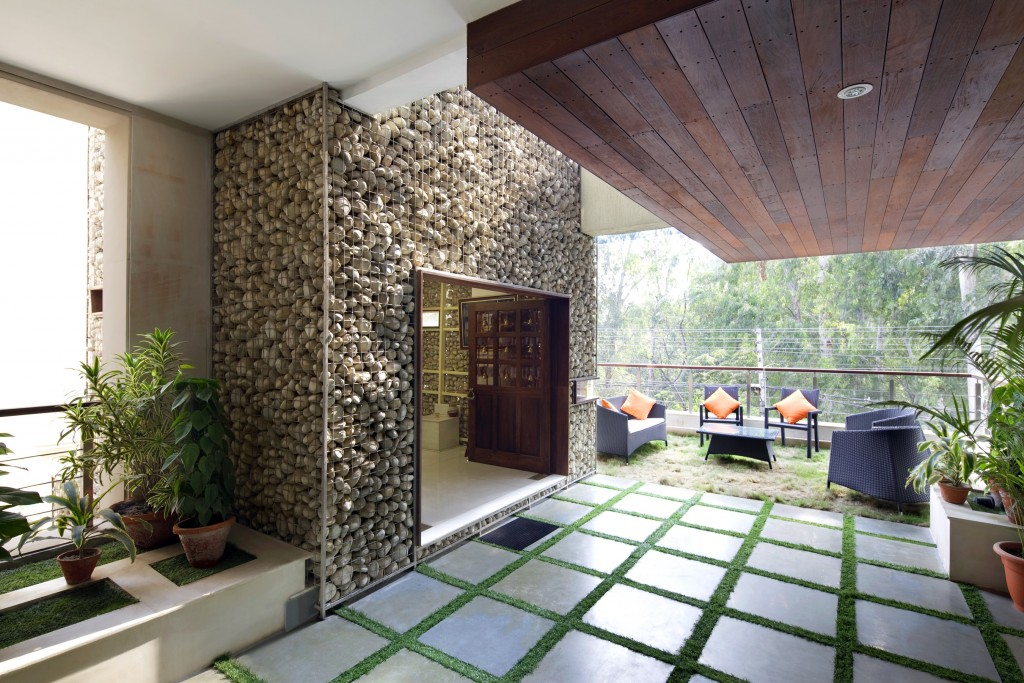 arch. home whit love Anagram Architects Delhi progettato questa residenza per due fratelli e le loro famiglie