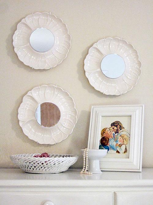 composizione creativa piatti e specchi