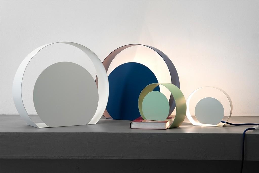 su progettosedia.com in vendita la lampada chiocciola dl design minimale