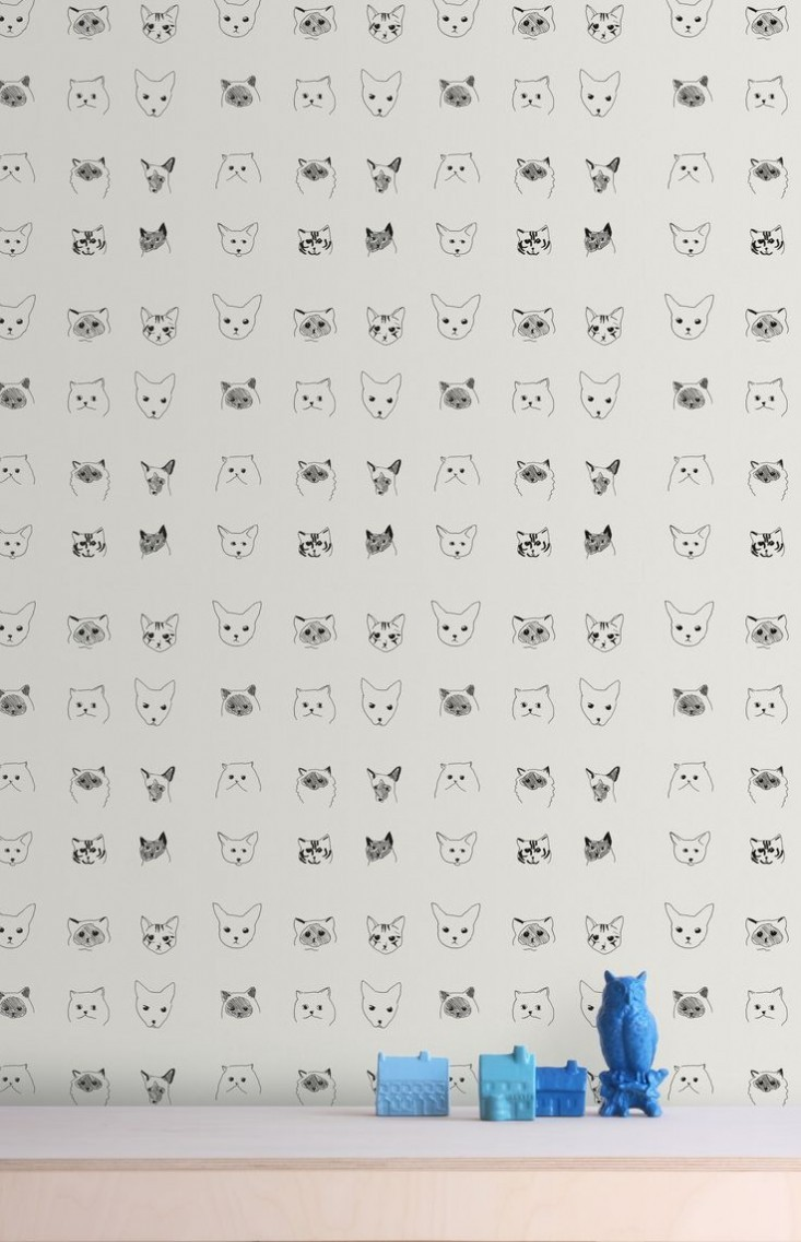 Baines-&-Fricker-cat-wallpaper-Remodelista-733x1137