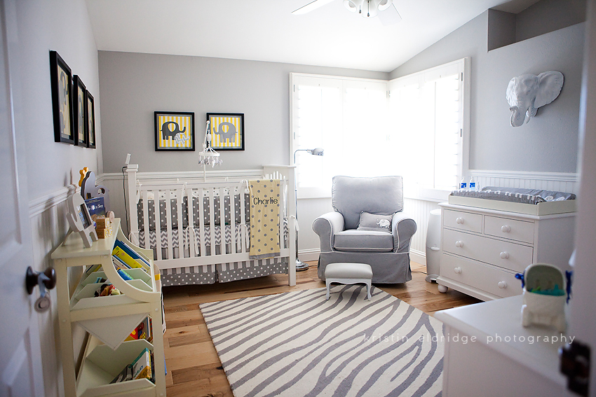 colori neutri elephant-themed-nursery-1