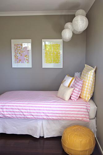 grigio giallo e rosa semplicità
