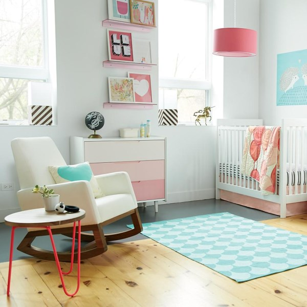 Nursery-filled-with-modern-trends