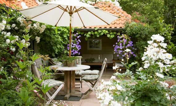 6 consigli per arredare il terrazzo e il giardino come un salotto ...