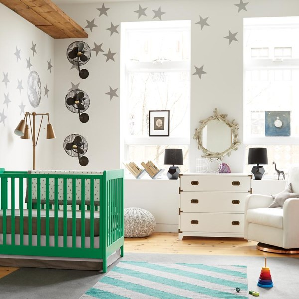 immagine Modern-eclectic-nursery-with-kelly-green-crib