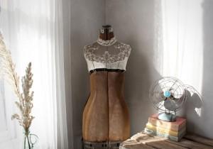 vintage vignettes_dressform