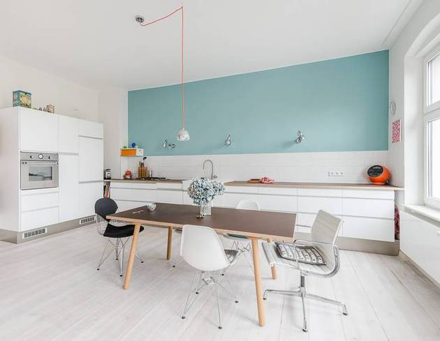 interno chic-textured-interiors-with-unique-materials-from-karhard-architektur-bright-kitchen-thumb