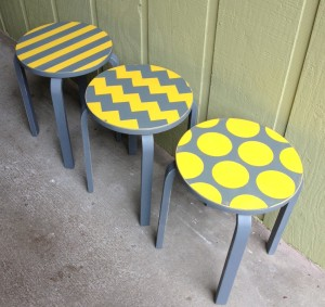 Frosta-Stool-Outdoors