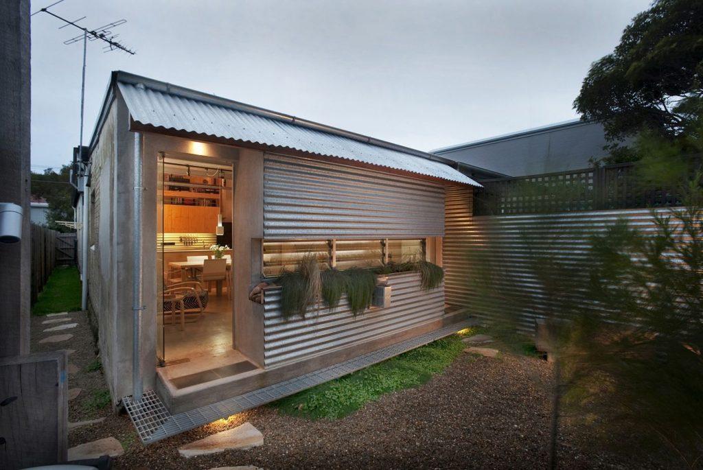 arch glamour non deve essere sempre sinonimo di costoso Situato nella fantasia Tamarama sobborgo sulla spiaggia di Sydney, in Australia, la casa è stata incredibile rinnovato da David Jones Langston-