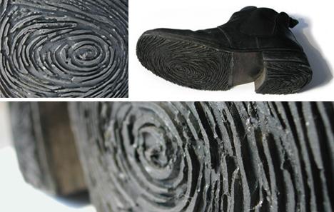 design impronte questi stivali sono state costruite con getto di impronte digitali dell'artista nelle suole di plastica