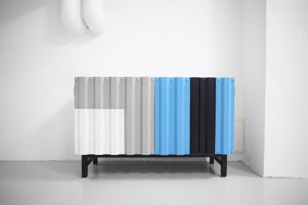 design mobile della designer svedese Katarina sala ispirato alla lamiera ondulata