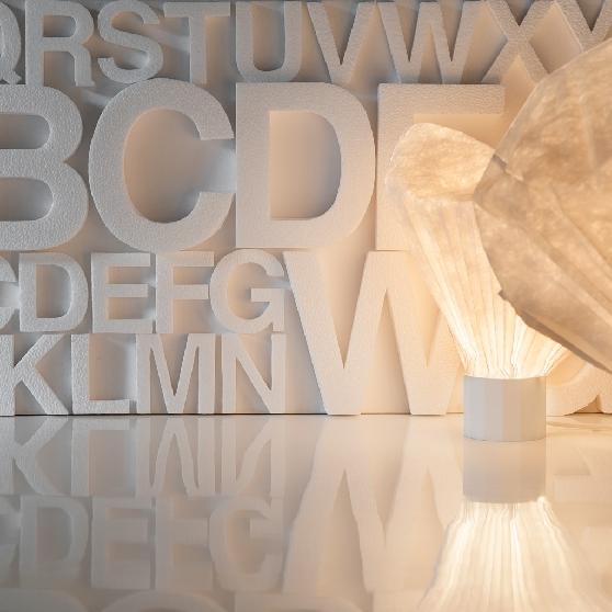 fai da te lettere in polistirolo possono essere acquistate o realizzate da oi, il polistirolo va tagliato a caldo il che permette un taglio moltopiù preciso