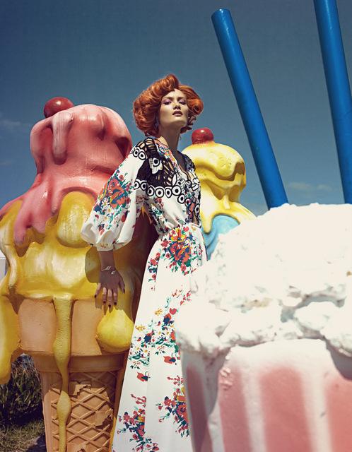 I colori della Cina in Harper Bazaar