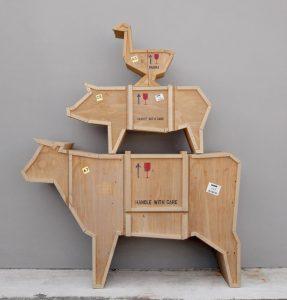 Progettata dal designer Marcantonio Raimondi Malerba e realizzata dalla nota azienda Seletti,