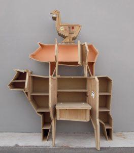 Progettata dal designer Marcantonio Raimondi Malerba e realizzata dalla nota azienda Seletti2