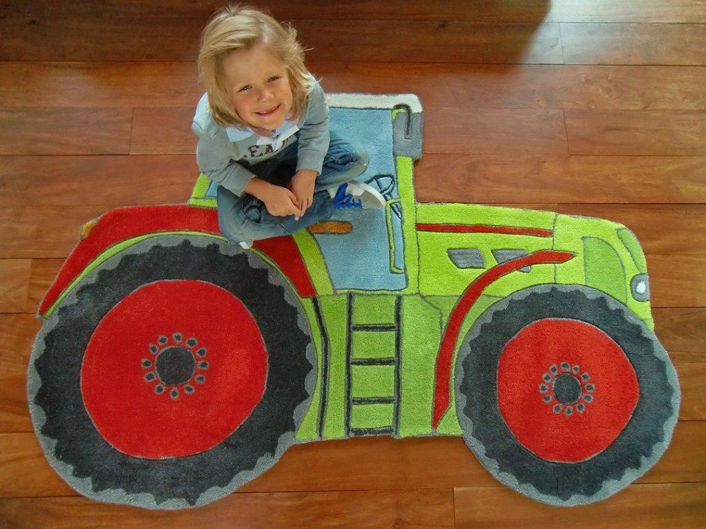 .amazon Tappeto per bambini Happy Rugs TRATTORE verde 100x140cm di Livone 79.00€