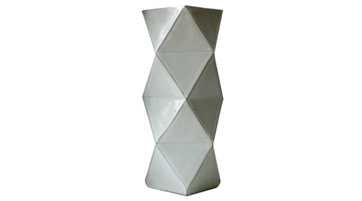 complementi vaso origami in ceramica di debora bensusan riprende le classiche forme delle lanterne origami