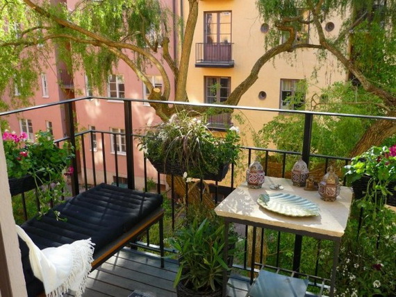 oriente Amazingly-Pretty-Decorating-Ideas-for-Tiny-Balcony-Spaces_1