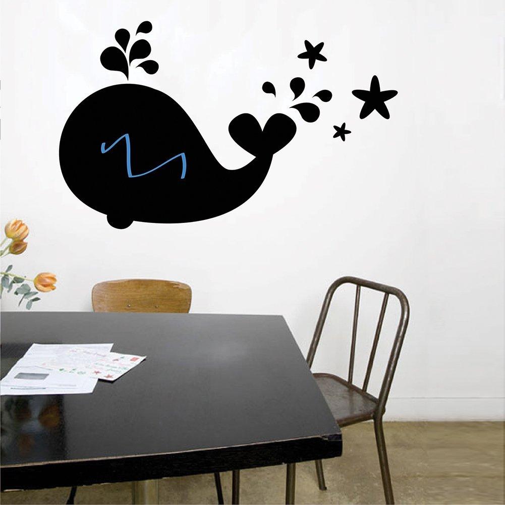 .amazon di milano store Lavagna adesiva, carta lavagna a forma di balena con 8 gessetti, cancellino e contenitore porta gessetti 29.90