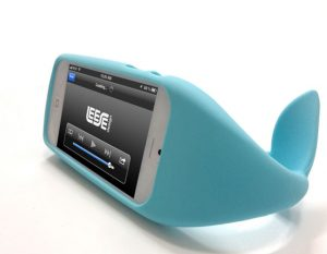 balena iwhale-cover-iphone-5-balena-vano-cuffie-accessori-dettagli-prezzo