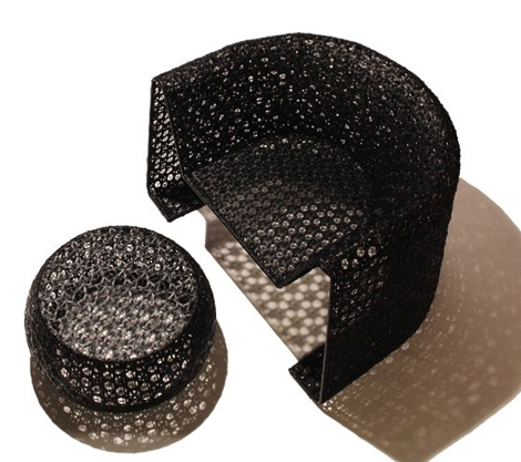 blackcomplementi seasonaliving-armchair-black-lace-2 www.seasonalliving.com