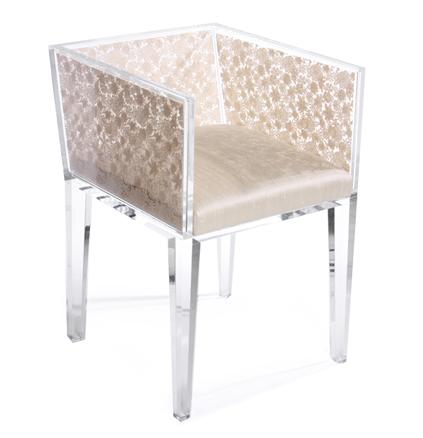 classico contemporaneo arredi by floral art sedia trasparente in acrilico con pizzo veneziano incassato e seduta imbottita in seta