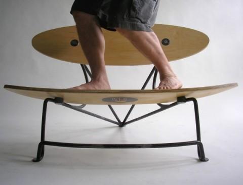 panchina-love-by-paul-mcclelland-struttura-in-acciaio-e-tavola-da-surf-e2-80-a6