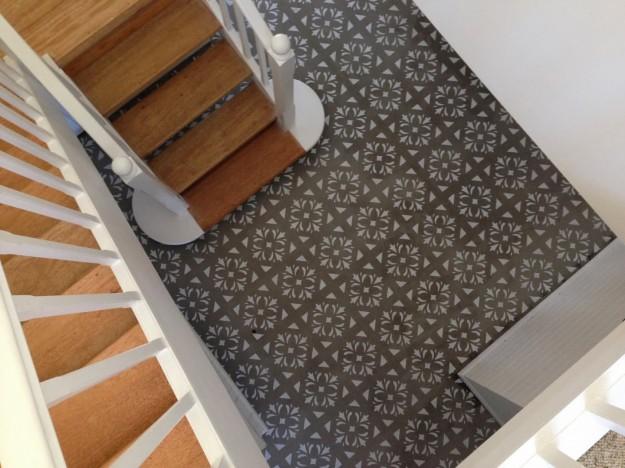 stencil-per-decorare-il-pavimento-interamente