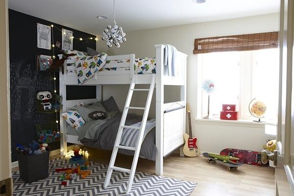10 soluzioni per una cameretta doppia architettura e design a roma for Cameretta con letto a castello