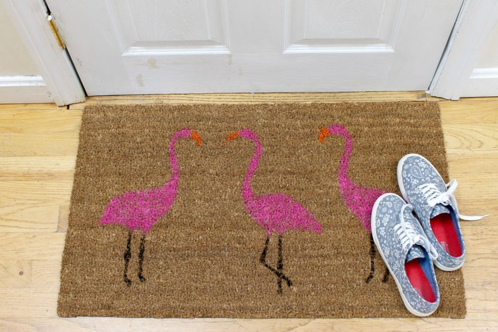 Summer-Pink-Flamingo-Painted-Doormat-Project