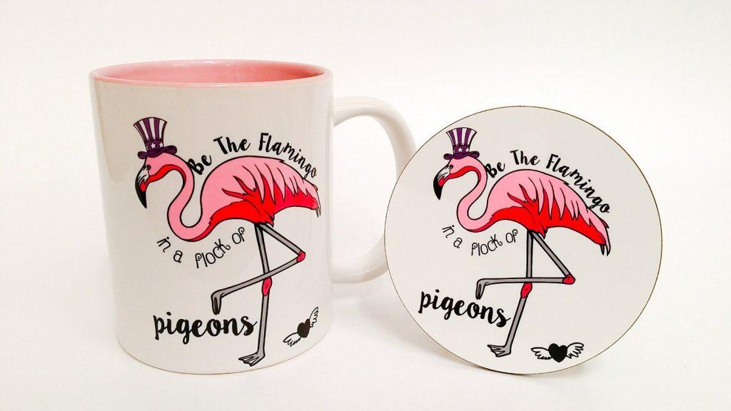 .amazon DI THE t BIRD Il fenicottero in un allevamento di piccioni-set tazza e sottobicchiere con interno