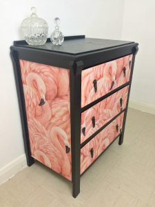 fai da te e recupero flamingo-chest-of-drawers1