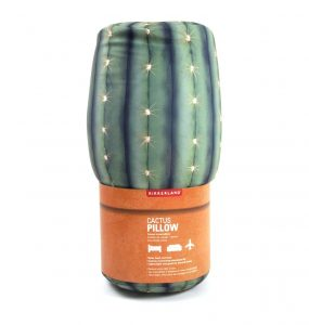 amazon-kikkerland-cuscino-cactus-spandex-verde-15x38x11-cm2