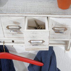 .amazon di mendler Serie vintage appendiabiti attaccapanni T71 legno paulonia 5 cassetti 13x65x32cm ~ bianco con targhetta
