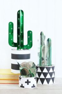 decor-paper-cactus-plants