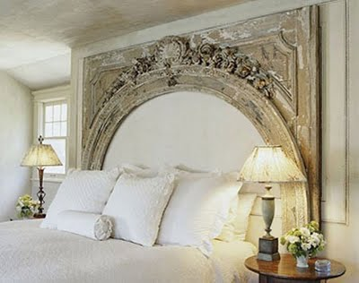 recupero-antiquariat0o-recupero-creative-headboard-like-fireplace-13