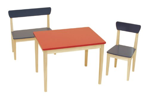 Cameretta in stile montessori la cameretta perfetta for Tavolo e sedia bambini