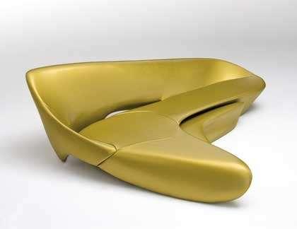 arredi-zaha-hadid-moon-system-gold
