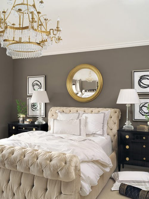 classico-letto-using-gold-in-interior-decorating-4
