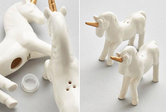 cucina-sale-e-pepe-shaker-unicorn-set-su-www-modcloth-com2