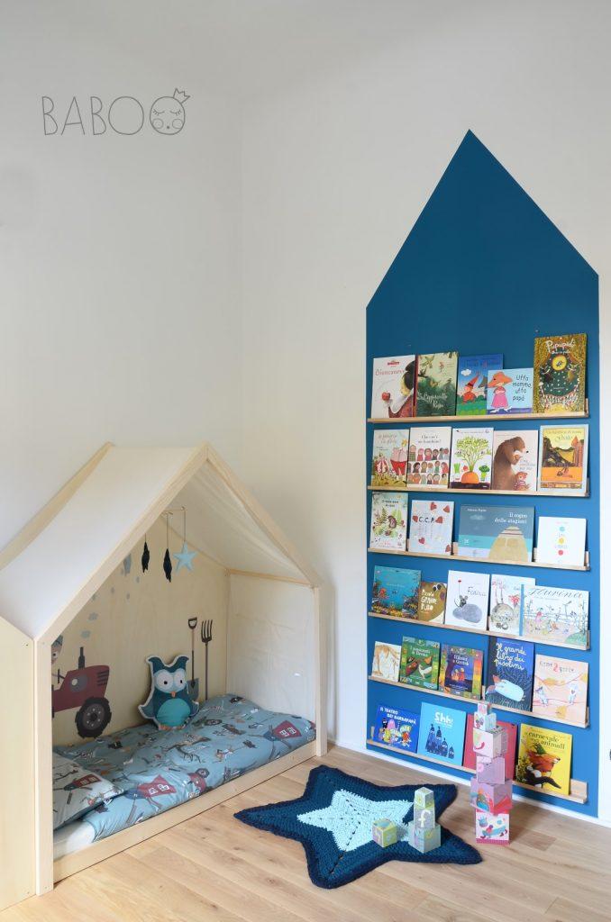 libreria-con-portacornice-ikea