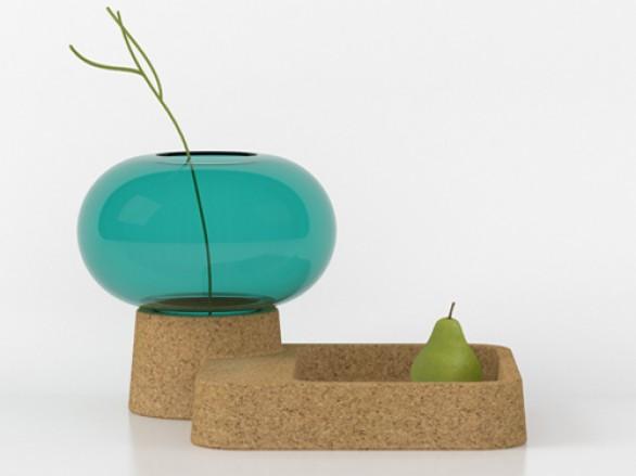 originale-unione-tra-vetro-e-sughero-il-vaso-denebdeldesigner-francese-guillaume-delvigne-per-specimen-edition-una-bolla-di-vetro-soffiato