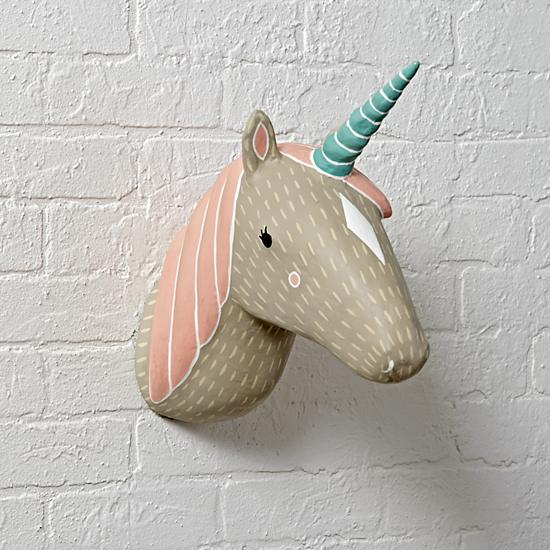 parete-unicorn-charming-creatures-decor-su-the-land-of-nod-com2