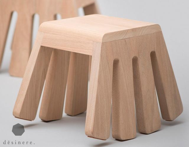 cavallo-dondolo-sgabello-itty-bitty-seduta-compatta-ed-ergonomica-del-designer-melvin-ong-dello-studio-di-singapore-desinere-che-ricorda-le-fattezze-del-ragno